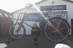 Marie- Louise med sin cykel, 16.07.2019